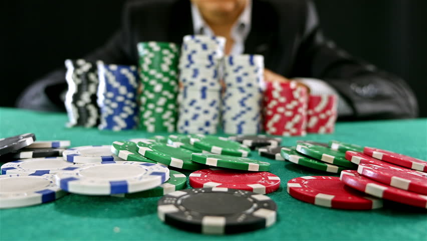 Tactics to Learn How to Win Poker Games Online