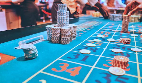 Playing In Online Gambling