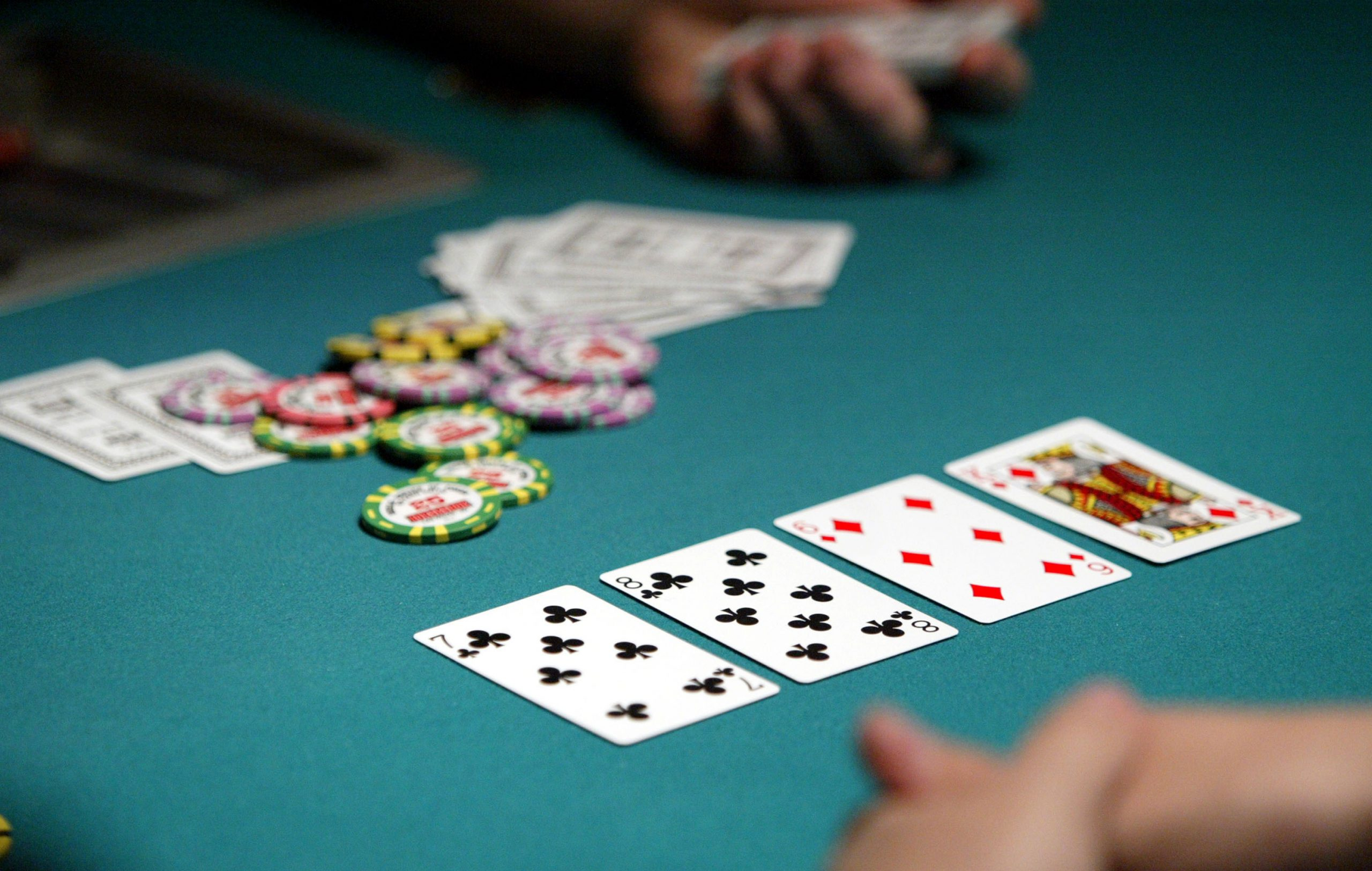 Play poker games to enjoy the rewards which are offered daily.